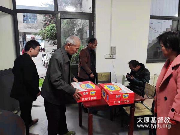 爱在行动——山西省稷山县基督教两会向灾区伸出援助之手